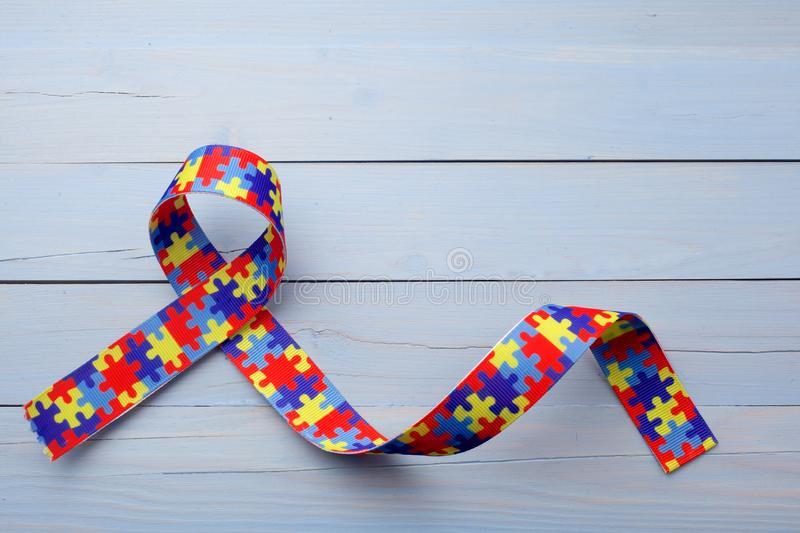 Ce este autismul? Tratamentul copiilor diagnosticați cu autism Metoda ABA